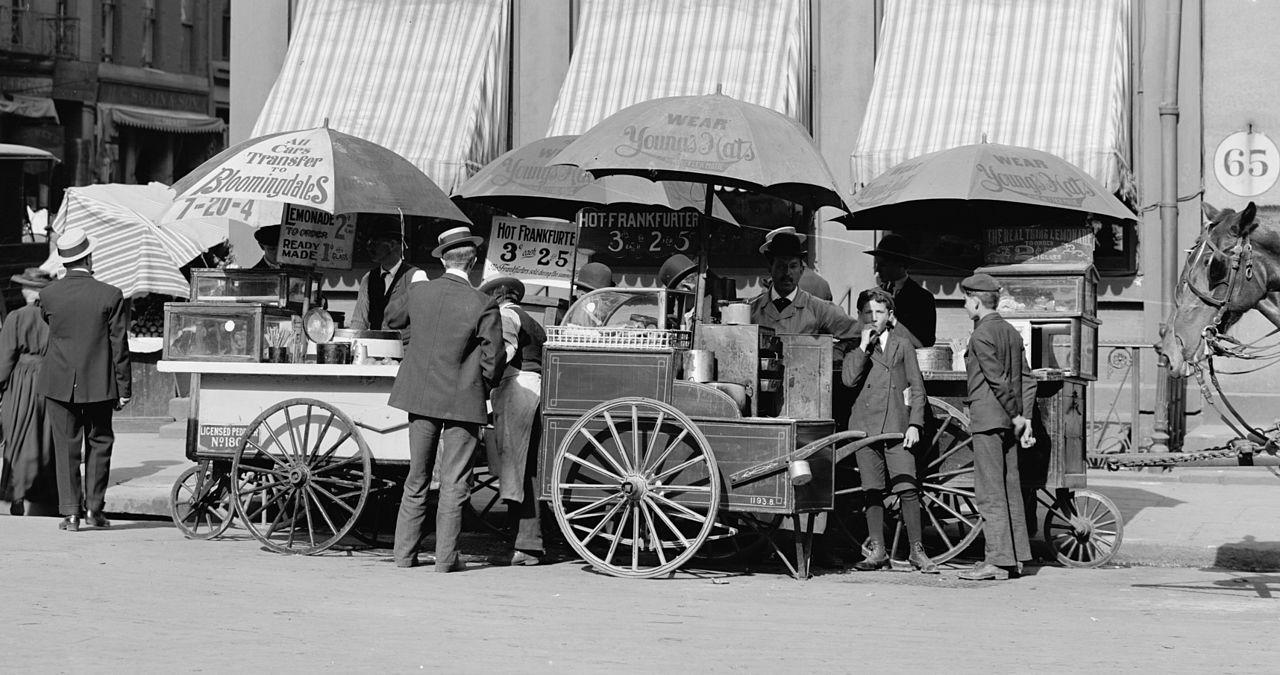 Stoisko z hot dogami, Nowy Jork, ok. 1905 roku